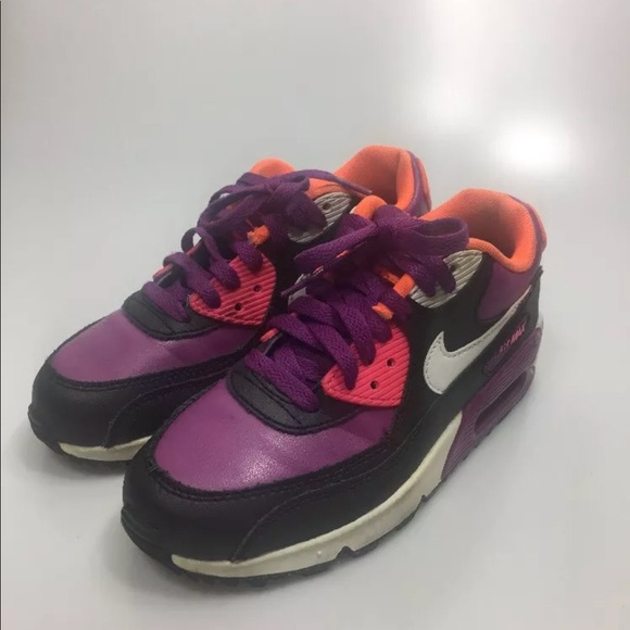promo code 01e8c 9f781 Nike Air Max 90 Black Purple Tennis Shoes Size 4Y.  M_5b136a3d34a4ef7c7dc8d546